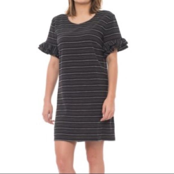 Tabitha Webb Dresses & Skirts - Tabitha Webb Ruffle Sleeve Shift Dress M